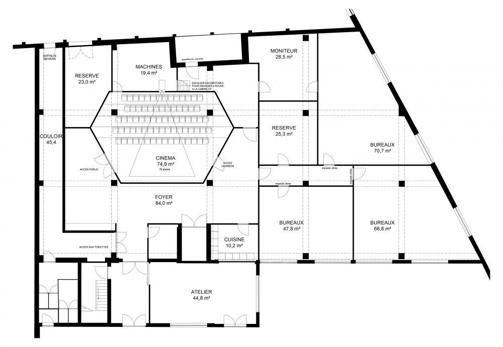 plan de l'aménagement du rez-de-chaussée avec la salle de cinéma