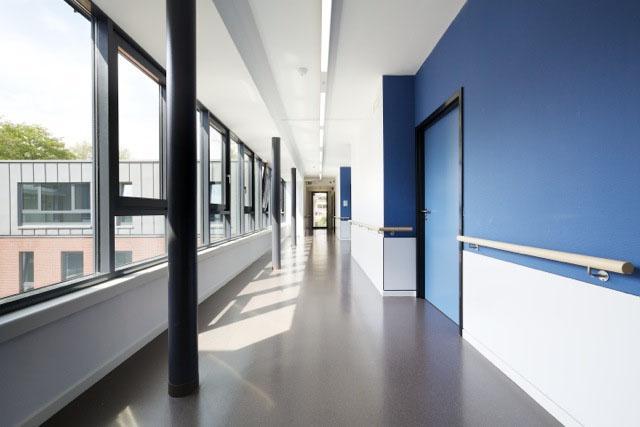 photographie d'un couloir